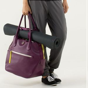 lululemon Happy Hatha Hour Bag